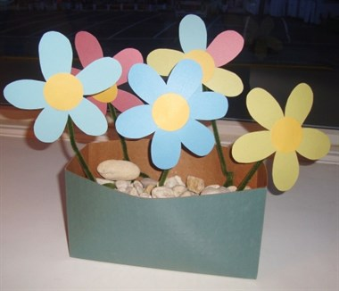 Paper Flowers using Pipe Cleaners