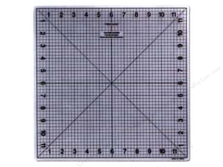 Quilting Cutting Mats: Fiskars Self-Healing Cutting Mat 12 x 12 in.