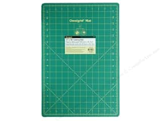 Rotary Cutting Green: Omnigrid Cutting Mat 12 x 18 in. with 1 in. Grid
