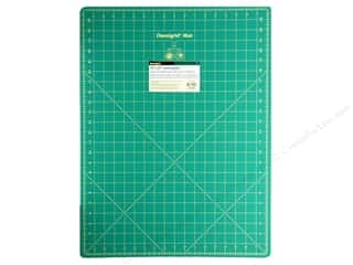 Rotary Cutting Green: Omnigrid Cutting Mat 18 x 24 in. with 1 in. Grid