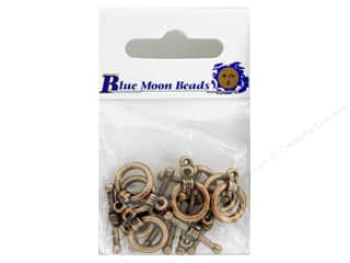 Clearance Blumenthal Favorite Findings: Blue Moon Beads Small Toggle Clasps 8 pc. Copper Plated