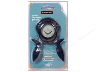 Fall Sale Fiskars: Fiskars Corner Squeeze Punch 1/2 in.