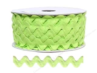 Trims Ribbon Work: Ric Rac by Cheep Trims  11/16 in. Apple (24 yards)