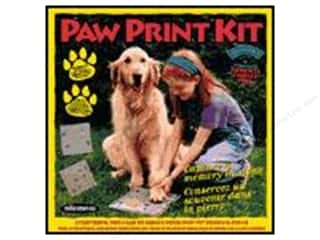 Outdoors $4 - $8: Milestones Kit Stepping Stone Paw Print Square 8""