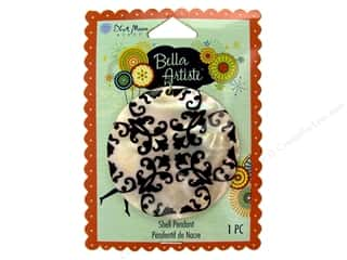 Blue Moon Pendants Bella Artiste Shell Round Graphic B Natural