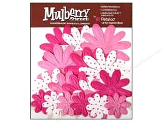 Petaloo Mulberry Daisy Embossed Fuchsia 18pc
