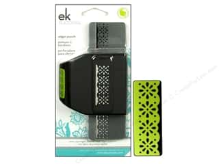 EK Paper Shapers Edger Punch Daisy Scallop