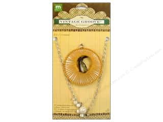 Making Memories Charms: Making Memories Kit Vintage Groove Shell & Pearl Drop