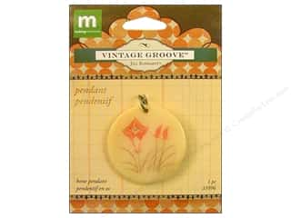 Clearance Blumenthal Favorite Findings: Making Memories Pendant VG Wildflower