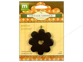 Making Memories Charms: Making Memories Pendant Vintage Groove Wood Flower
