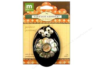 Clearance Blumenthal Favorite Findings: Making Memories Pendant VG Oval Black
