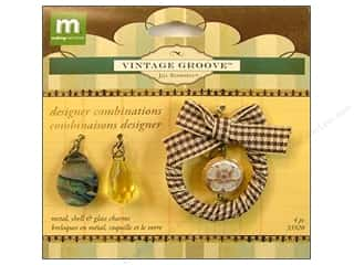 Making Memories Charm VG Combo Ribbon Wreath