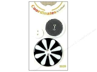 button: Blumenthal 2 Hole Buttons Illusion 3 pc.
