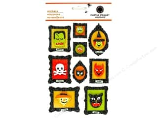 Martha Stewart Crafts Halloween Spook-tacular: Martha Stewart Sticker Layered Friendly Frame