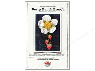 Berry Bunch Brooch Pattern