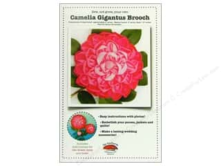Camelia Gigantus Brooch Pattern