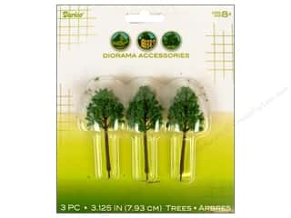 Darice Diorama Tree with Powder 3 1/8&quot; 3pc