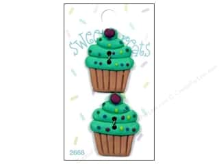 Blumenthal 2 Hole Buttons Green Cupcake 2pc