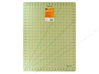 Quilting Cutting Mats: Fiskars Self-Healing Cutting Mat 18 x 24 in. Eco