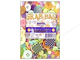 Sew-on Buttons: Buttons Galore Theme Grab Bag Pastel
