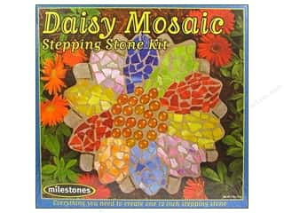 Outdoor, Patio, Garden Ceramics, Plaster & Resin: Milestones Kit Stepping Stone Daisy 12""
