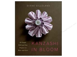 Kanzashi In Bloom Book
