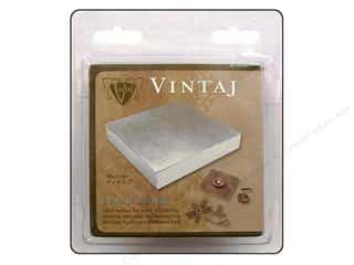 Vintaj: Vintaj Steel Bench Block