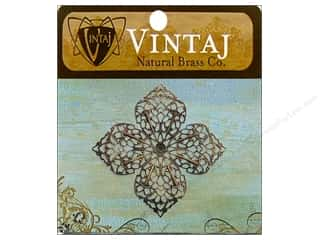 Vintaj Charm Clover Petal Filigree Nat Brass