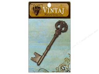 Vintaj Charm Royal Key Nat Brass