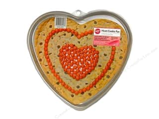 Baking Pans / Baking Sheets: Wilton Cookie Pan Giant Heart Aluminum