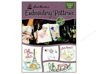 Books & Patterns Vacations: Aunt Martha's Iron On Transfer Book #401 European Delights