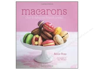 Ryland Peters & Small Macarons Book