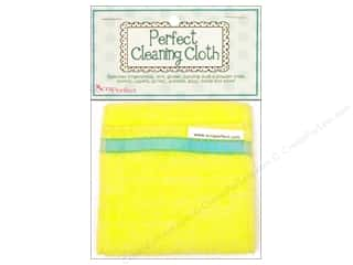 Erasers Green: ScraPerfect Perfect Cleaning Cloth