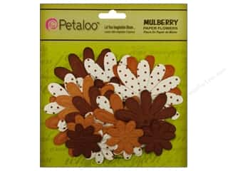 Petaloo Mulberry Daisy Embossed Mocha 18pc