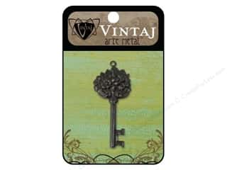 Vintaj Charm Key Floral Arte Metal