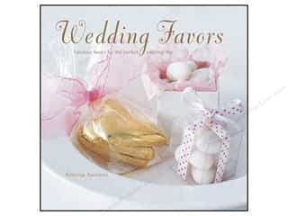 Ryland Peters & Small Wedding Favors Book