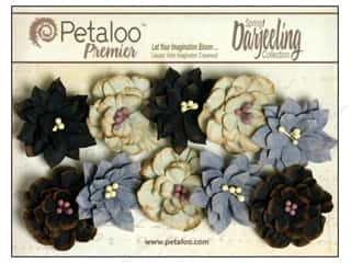 Bazzill Embellishment Flowers / Blossoms / Leaves: Petaloo Darjeeling Collection Dahlias Small Nightfall