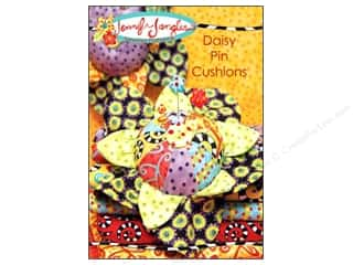 home decor pattern: Jennifer Jangles Daisy Pin Cushions Pattern