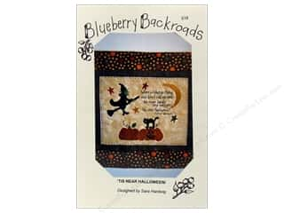 Straight Stitch Fat Quarters Patterns: Blueberry Backroads Tis Near Halloween Pattern