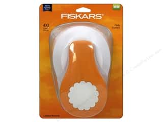 Fiskars Lever Punch 4XL Pretty Scallops 3 1/2 in.