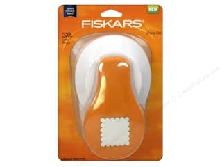 Fiskars Lever Punch 3XL Stamp Out 3 in.