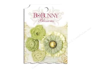 Flowers / Blossoms $3 - $4: Bo Bunny Blossoms Dahlia 4 pc. Clover