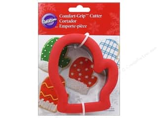 Wilton Cookie Cutter Comfort Grip Mitten
