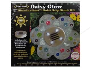 Wood Gardening & Patio: Milestones Kit Stepping Stone Solar Daisy Glow