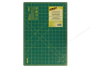"Rotary Cutting $0 - $5: Olfa Cutting Mat 12""x18"" Green with Grid"