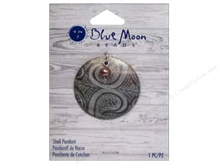 Licensed Products Blue Moon Wood & Shell: Blue Moon Beads Shell Pendant Round Engraved Shell with Pearl