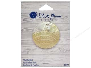 Charms and Pendants Blue Moon Beads Pendant: Blue Moon Beads Shell Pendant Engraved Natural Round with Pearl
