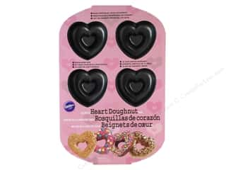 Wilton Pan Donut Heart 6 Cavity