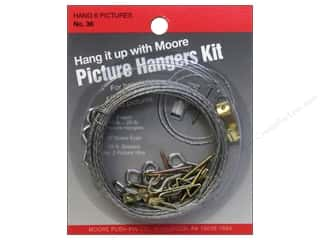 Moore: Moore Picture Hanging Kit for Six Pictures