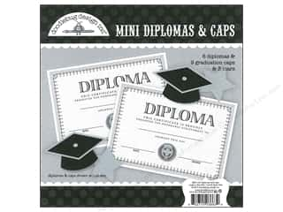 Doodlebug Craft Kit Cap &amp; Gown Mini Diplomas